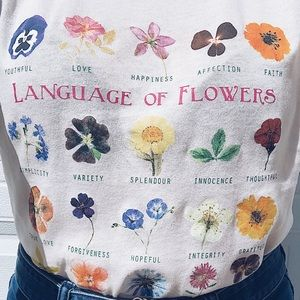 Urban Outfitters Language of Flowers Tee Medium